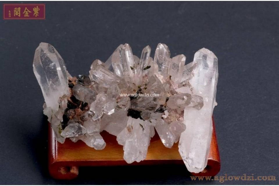 序號:317  綠簾石水晶簇